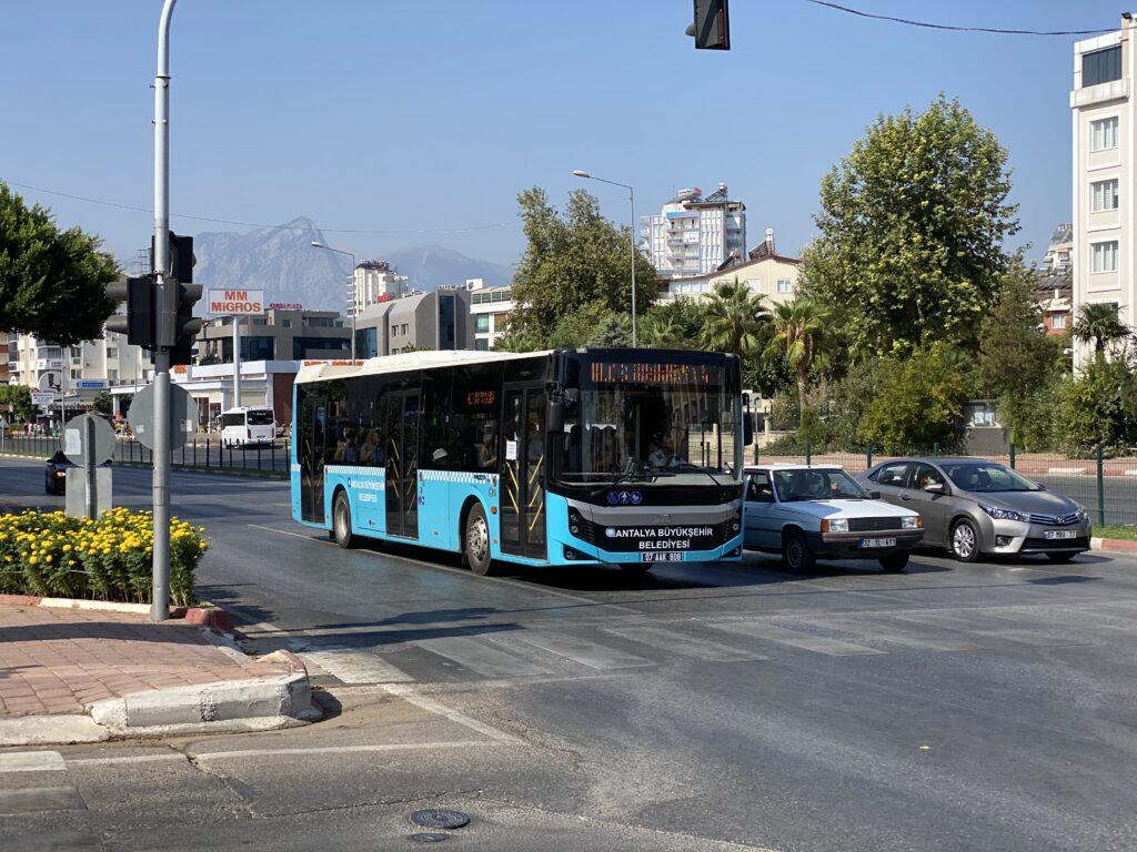 Автобусы в Анталье